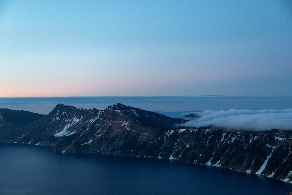 crater lake mountains