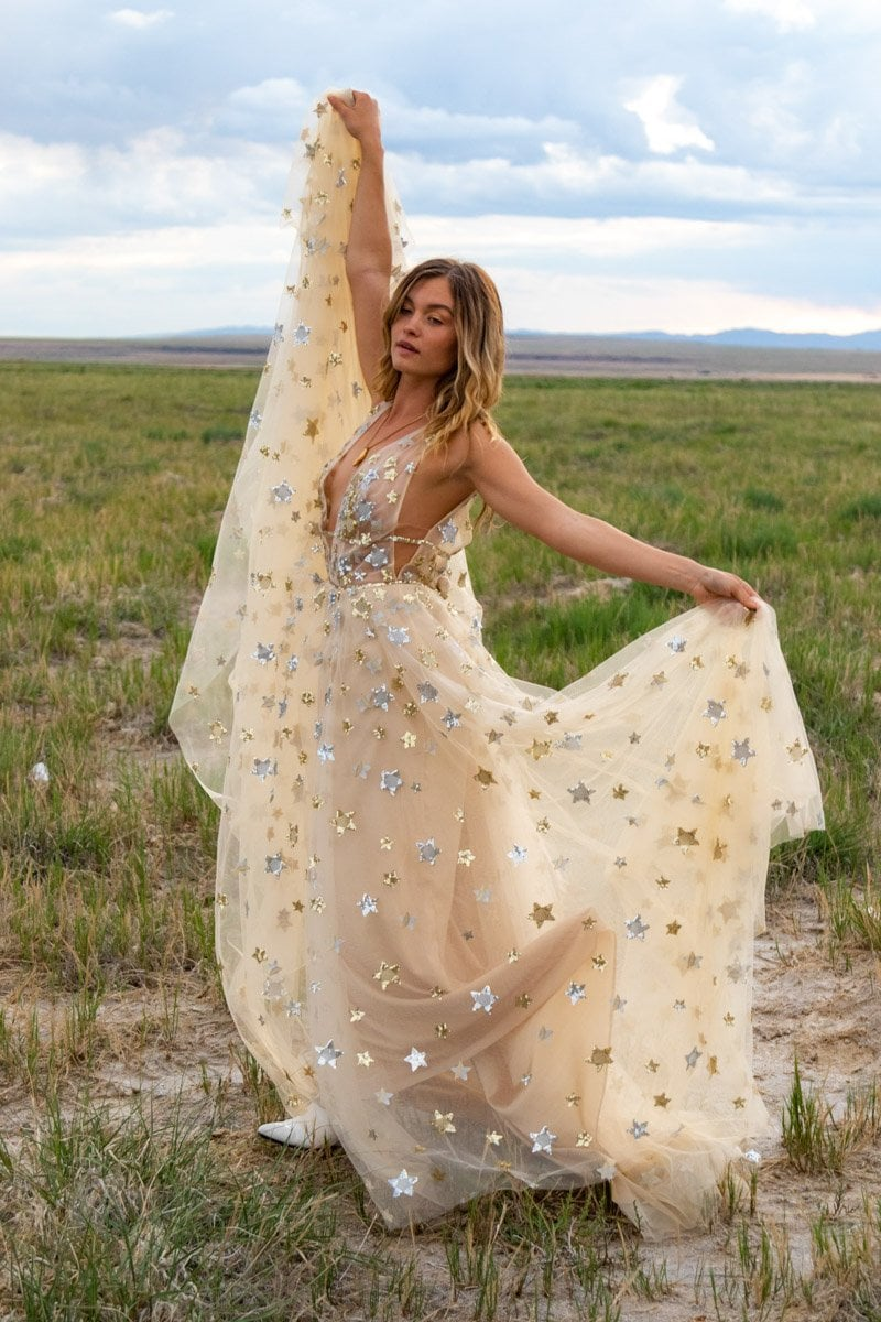 bride dancing with stars