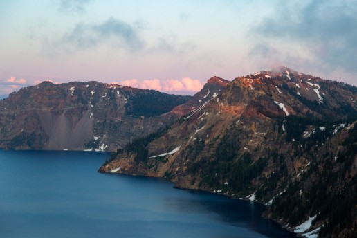 best places to elope in the us by halie west phtoogrphy featuring crater lake national park in oregon