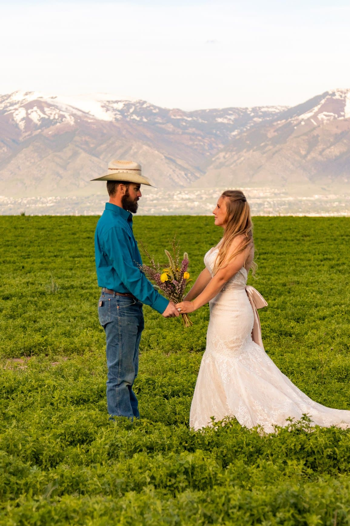 elopement in the wasatch on a summer afternoon to find where to get married in utah