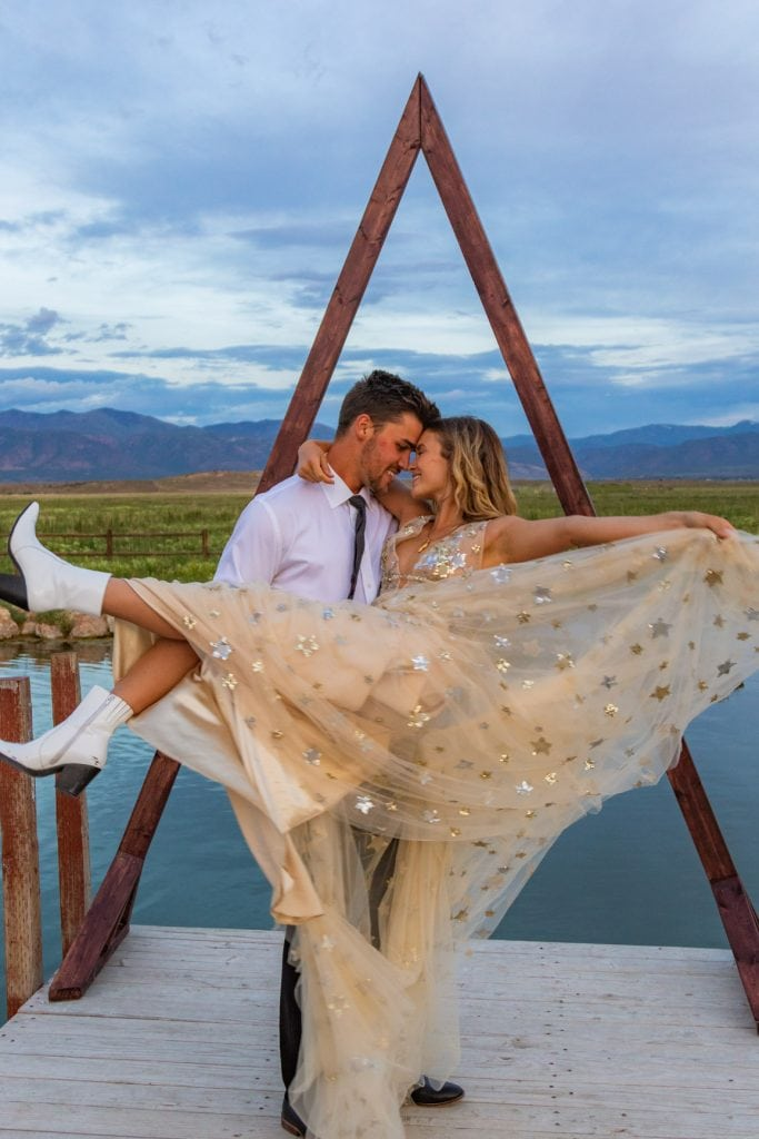 eloping couple dances near meadow hot springs in utah