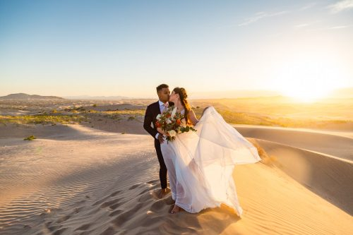 an elopement timeline allowed this couple to have an epic day at the sanddunes